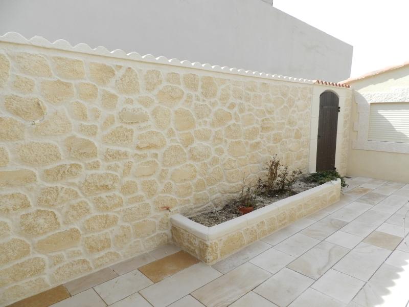 Fa ade en pierre ravalement r novation marseille et aix en provence 13 for Decoration du facade orleans